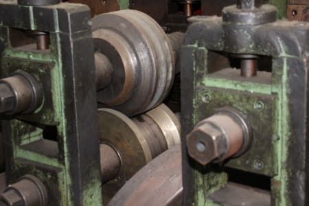 Roll-Forming Machine i_02773001
