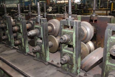 Roll-Forming Machine i_02773002