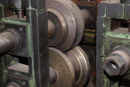 Roll-Forming Machine i_02773003