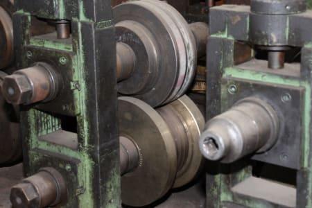 Roll-Forming Machine i_02773004