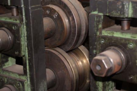 Roll-Forming Machine i_02773005