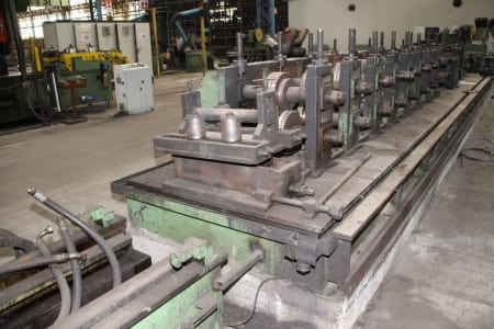 Roll-Forming Machine i_02773009