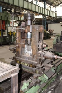 Roll-Forming Machine i_02773016