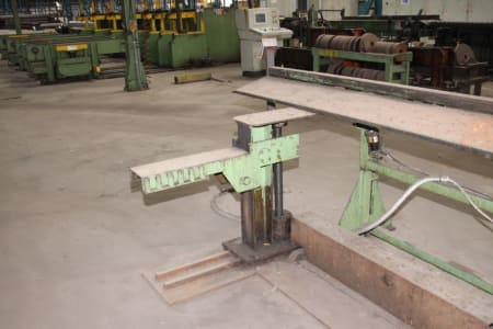 Roll-Forming Machine i_02773028