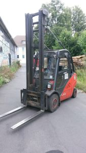 LINDE H 35 T –BR 393 LPG Forklift i_02010597
