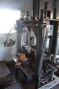 SIEKMANN stamping machine for pipe bends i_02138977