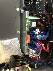 Robot industrial FANUC R2000iB/210F i_02190084