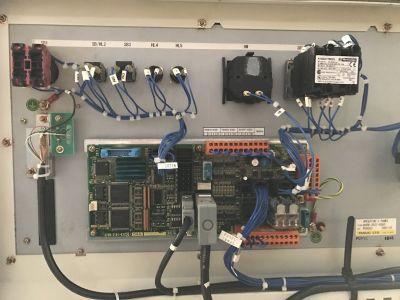 Robot industrial FANUC R2000iB/210F i_02190086