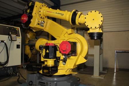 Robot industrial FANUC R2000iB/210F i_02282901