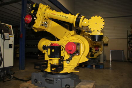 Robot industrial FANUC R2000iB/210F i_02282902