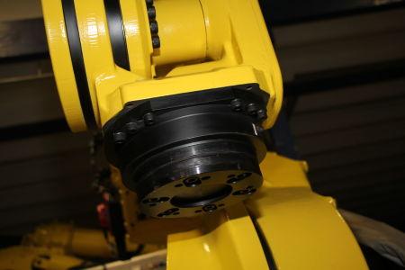 Robot industrial FANUC R2000iB/210F i_02282905