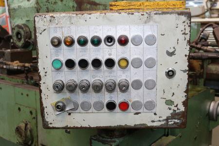 HURTH KF 32 A Zyklen-Fräsmaschine i_02681708