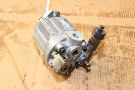 YUKEN A10-FR01B-1222 Engine Pump i_02741746