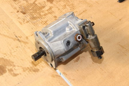 YUKEN A10-FR01B-1222 Engine Pump i_02741753