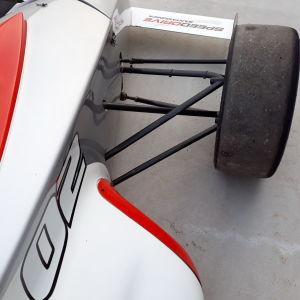RENAULT SPORT Sport car i_02747053