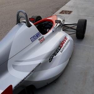 RENAULT SPORT Sport car i_02747062