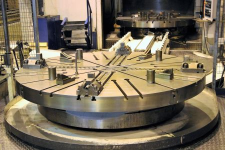 GIDDINGS & LEWIS VTC 2500 CNC-Vertikal Dreh und Fräszentrum i_02755853