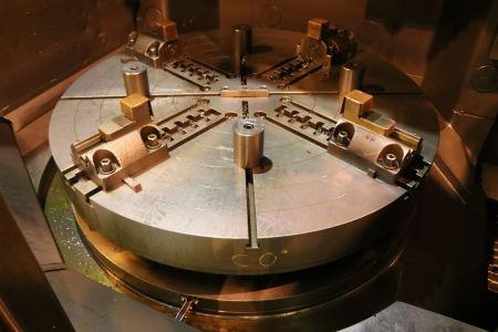 Centre de fraisage et tournage vertical CNC BERTHIEZ LVM 160 P i_02815748