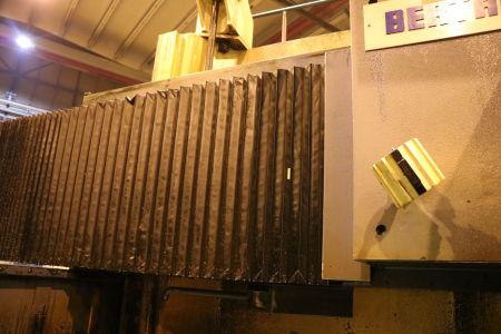 Centre de fraisage et tournage vertical CNC BERTHIEZ LVM 160 P i_02815753