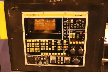 Centre de fraisage et tournage vertical CNC BERTHIEZ LVM 160 P i_02815761