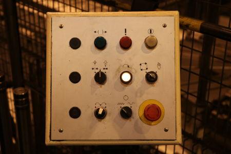 Centre de fraisage et tournage vertical CNC BERTHIEZ LVM 160 P i_02815779