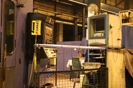 Centre de fraisage et tournage vertical CNC BERTHIEZ LVM 160 P i_02815781