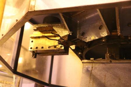 Centre de fraisage et tournage vertical CNC BERTHIEZ LVM 160 P i_02815784