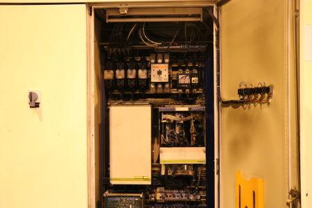 Centre de fraisage et tournage vertical CNC BERTHIEZ LVM 160 P i_02815800
