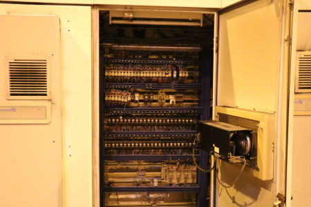 Centre de fraisage et tournage vertical CNC BERTHIEZ LVM 160 P i_02815806