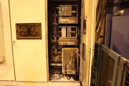 Centre de fraisage et tournage vertical CNC BERTHIEZ LVM 160 P i_02815808