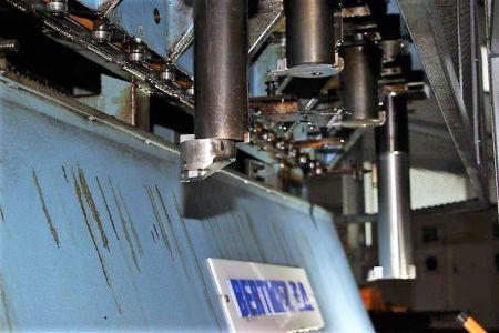 Centre de fraisage et tournage vertical CNC BERTHIEZ LVM 160 P i_02816754