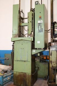KARL KLINK RISZ 6,3x1000x400 Vertical broaching machine i_03011876