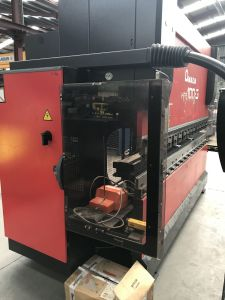 Pressa piegatrice CNC AMADA HFE100 i_03035877