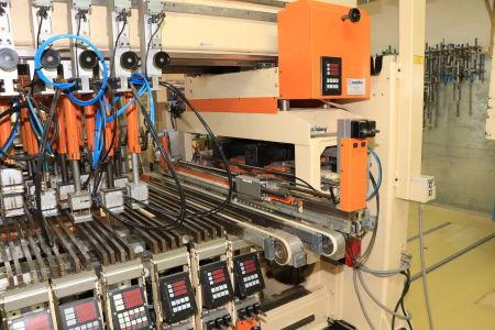 HOMAG / WEMHÖNER / MAW NOTTMEYER POWER KF 20 / SPN-1 Doppelseitige Kantenanleimmaschine i_03093526