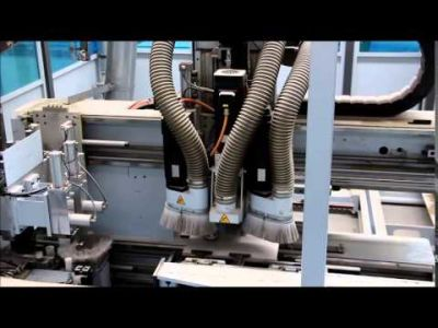 Vyvrtávací a lisovací CNC obráběcí centrum WEEKE Profiline ABS 110 Special Fronts v_00704861