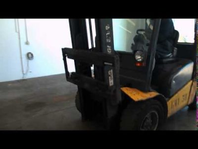 JUNGHEINRICH GMT 30 Diesel forklift v_00978422