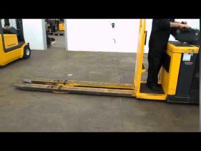 JUNGHEINRICH ECE 20 G Electric pallet truck v_00978464