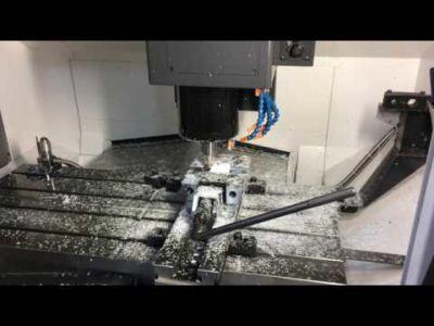 Centro de mecanizado OKUMA GENOS M560R-V v_02230803